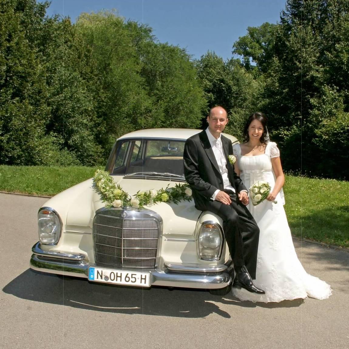 Moviano Hochzeit Oldtimer Hochzeitsfahrzeug
