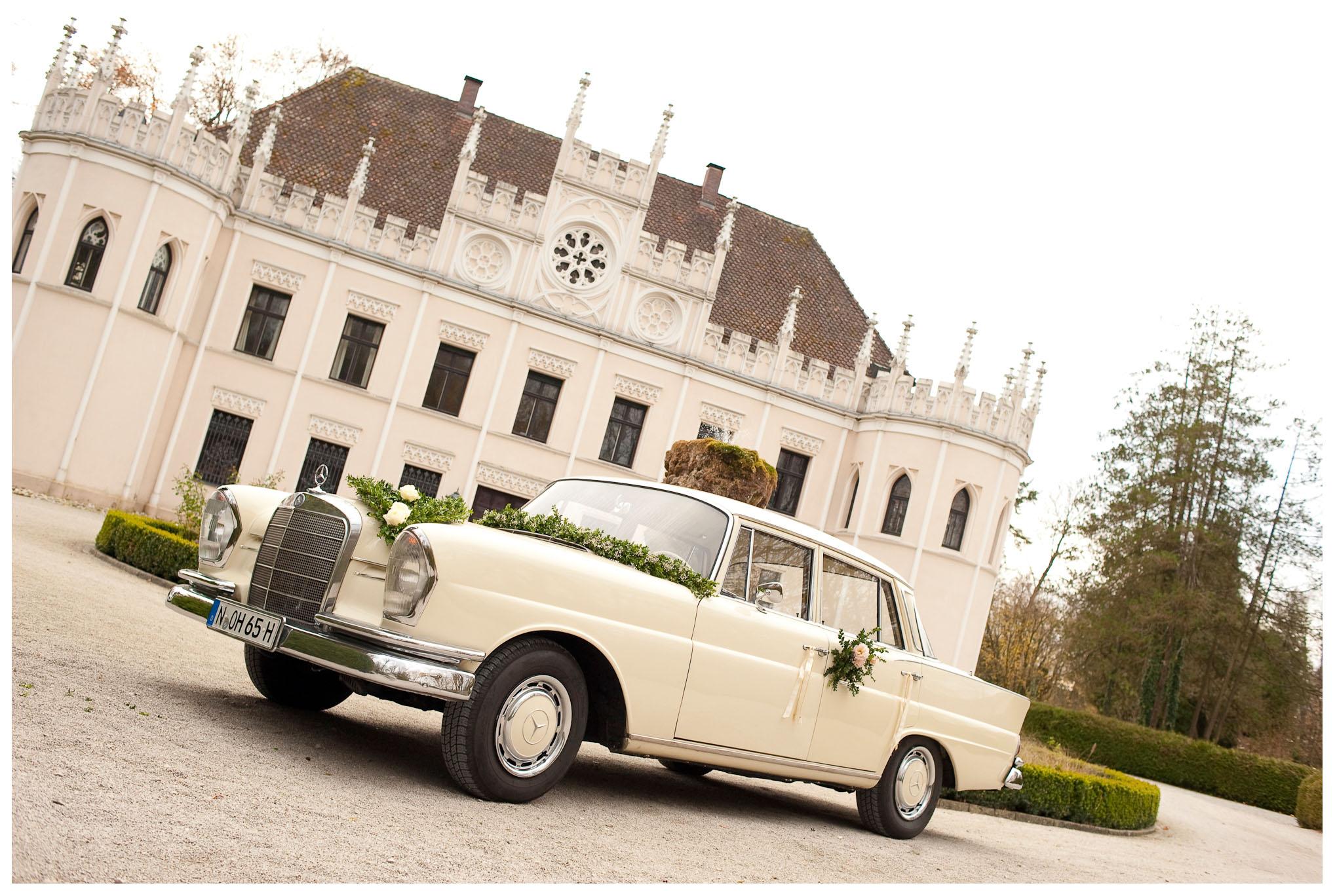 Hochzeitsauto Mercedes Heckflosse
